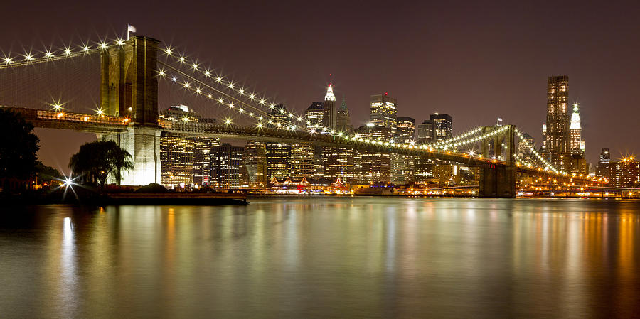 brooklyn-bridge-at-night-panorama-9-val-black-russian-tourchin